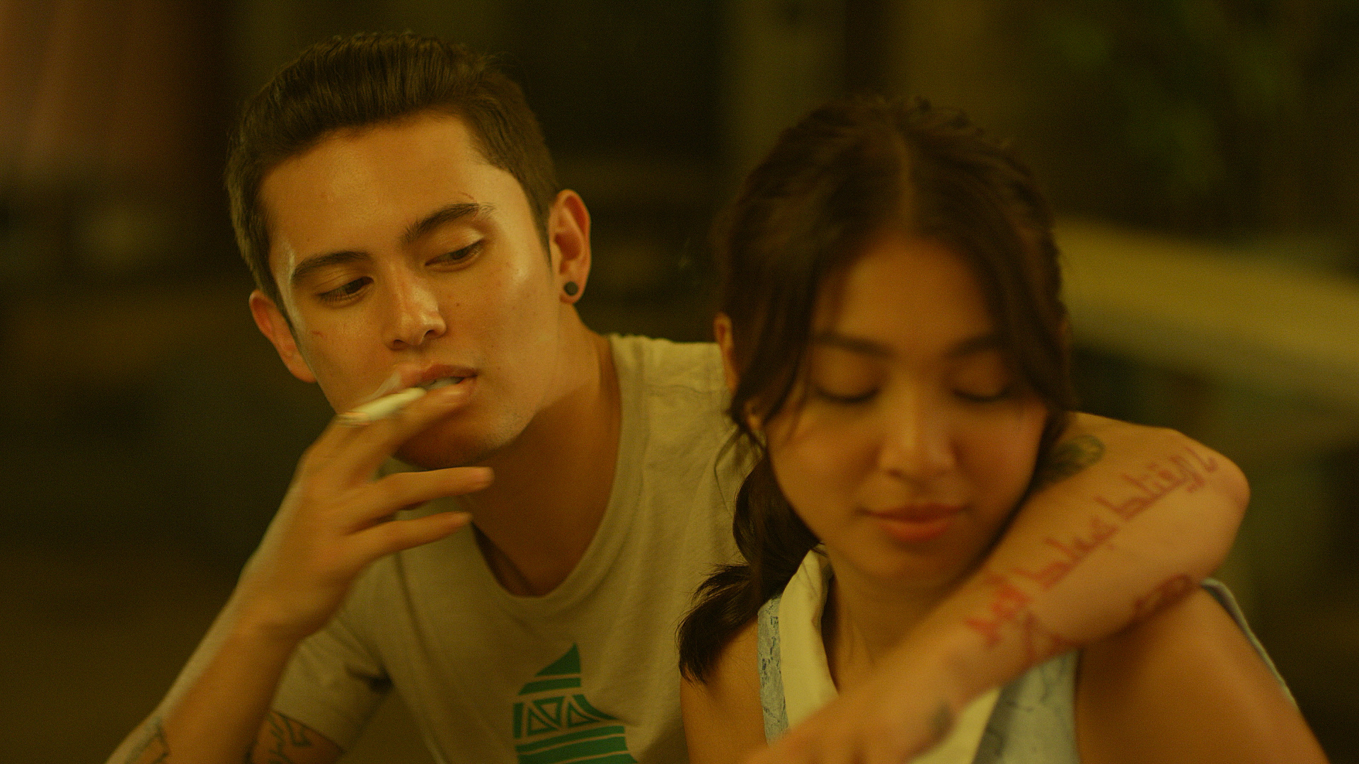 UNLIKELY COUPLE. Gio (James Reid) courts Joanne (Nadine Lustre) after meeting her.