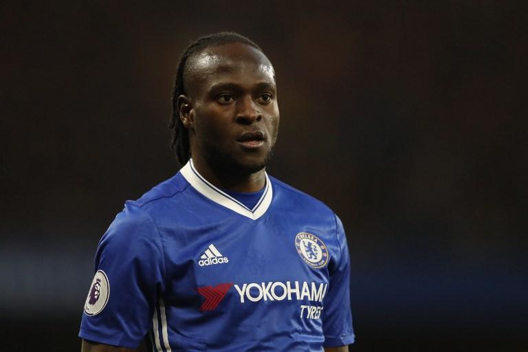 Victor Moses tampil saat Chelsea melawan Middlesbrough pada 8 Mei. Foto oleh Adrian Dennis/AFP