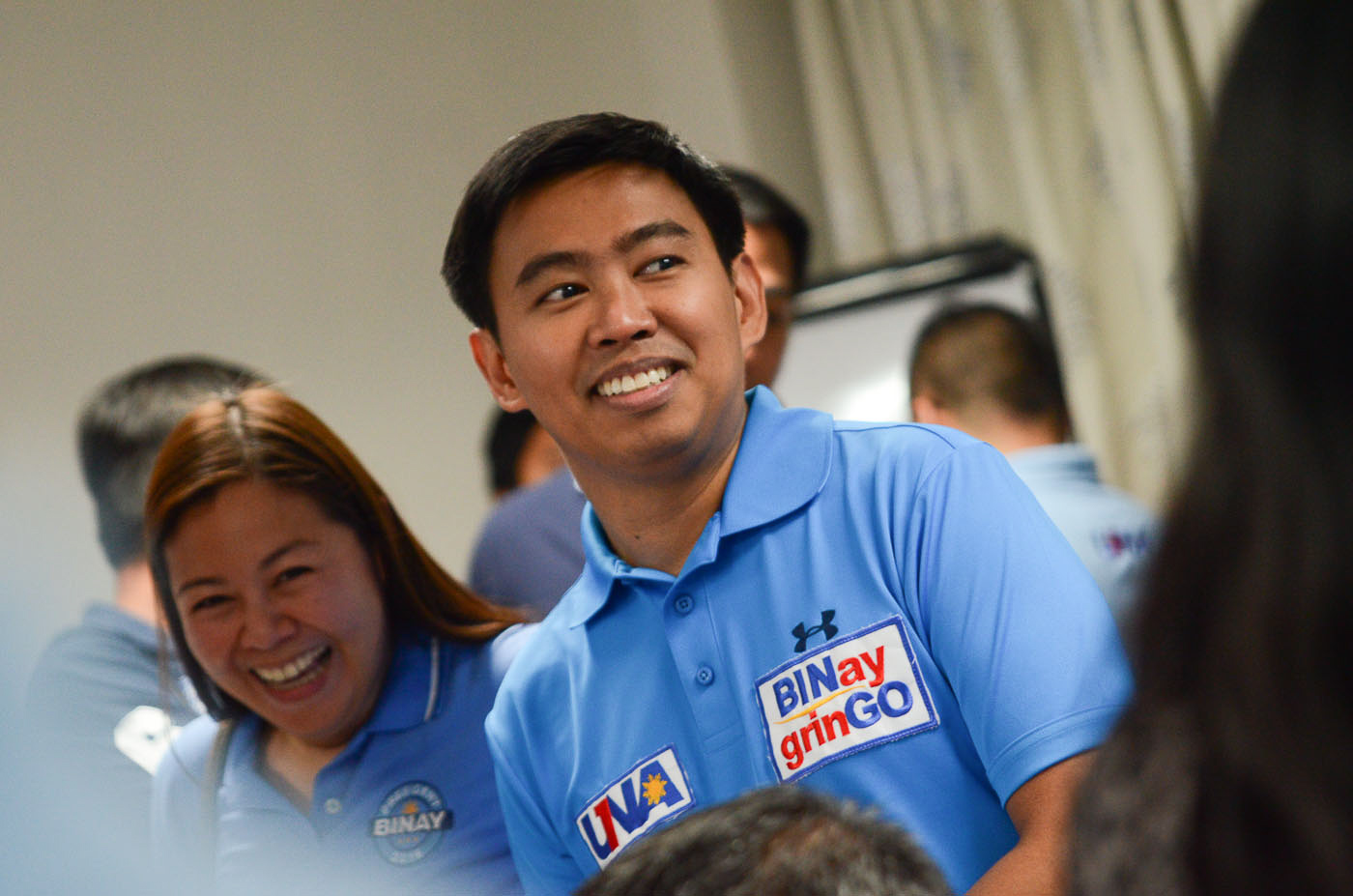 BINAY JR. Ousted Makati City mayor Junjun Binay joins his father, Vice President Jejomar Binay, during a press conference before the third presidential debate in Dagupan City on April 24. Photo by Alecs Ongcal/Rappler