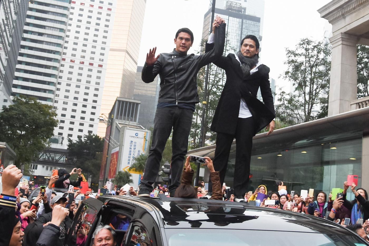 BAD BOY MEETS BAD BOY. Baste with Robin Padilla campaigning for Mayor Duterte in Hongkong for OFW votes. Photo by Edwin Espejo/Rappler