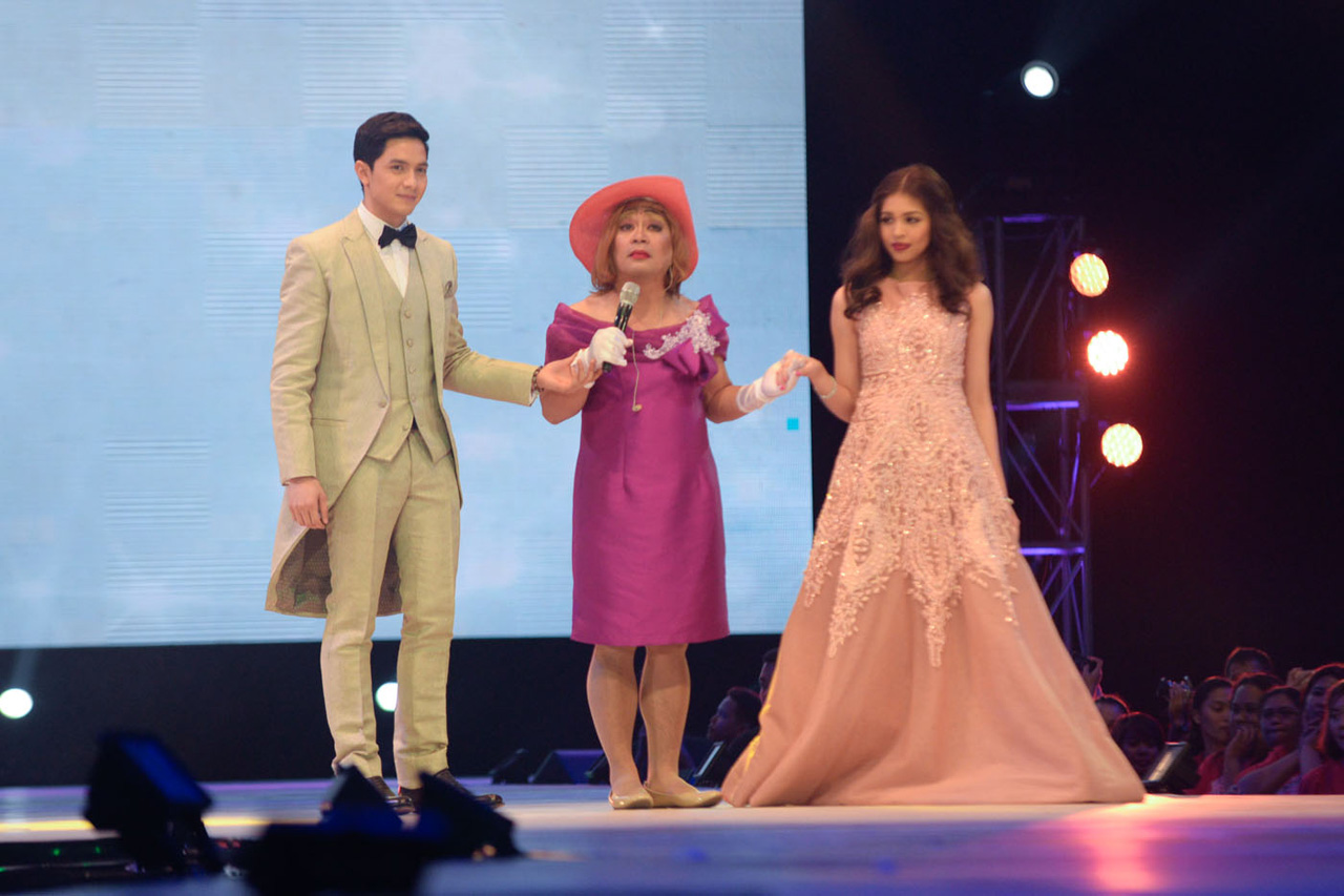 THE BIG MOMENT. Lola Nidora introduces the couple and allows them to be together. Photo by Alecs Ongcal/Rappler.com