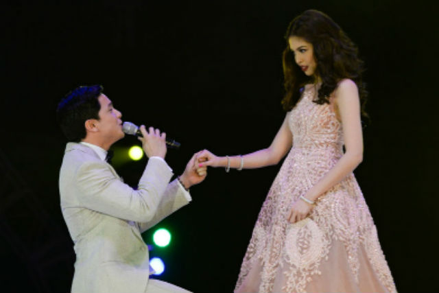 ALDUB. The widely popular tandem of Alden Richards and Maine u0022Yaya Dubu0022 Mendoza, dubbed AlDub, is considered a social media phenomenon. Photo by Alecs Ongcal/Rappler