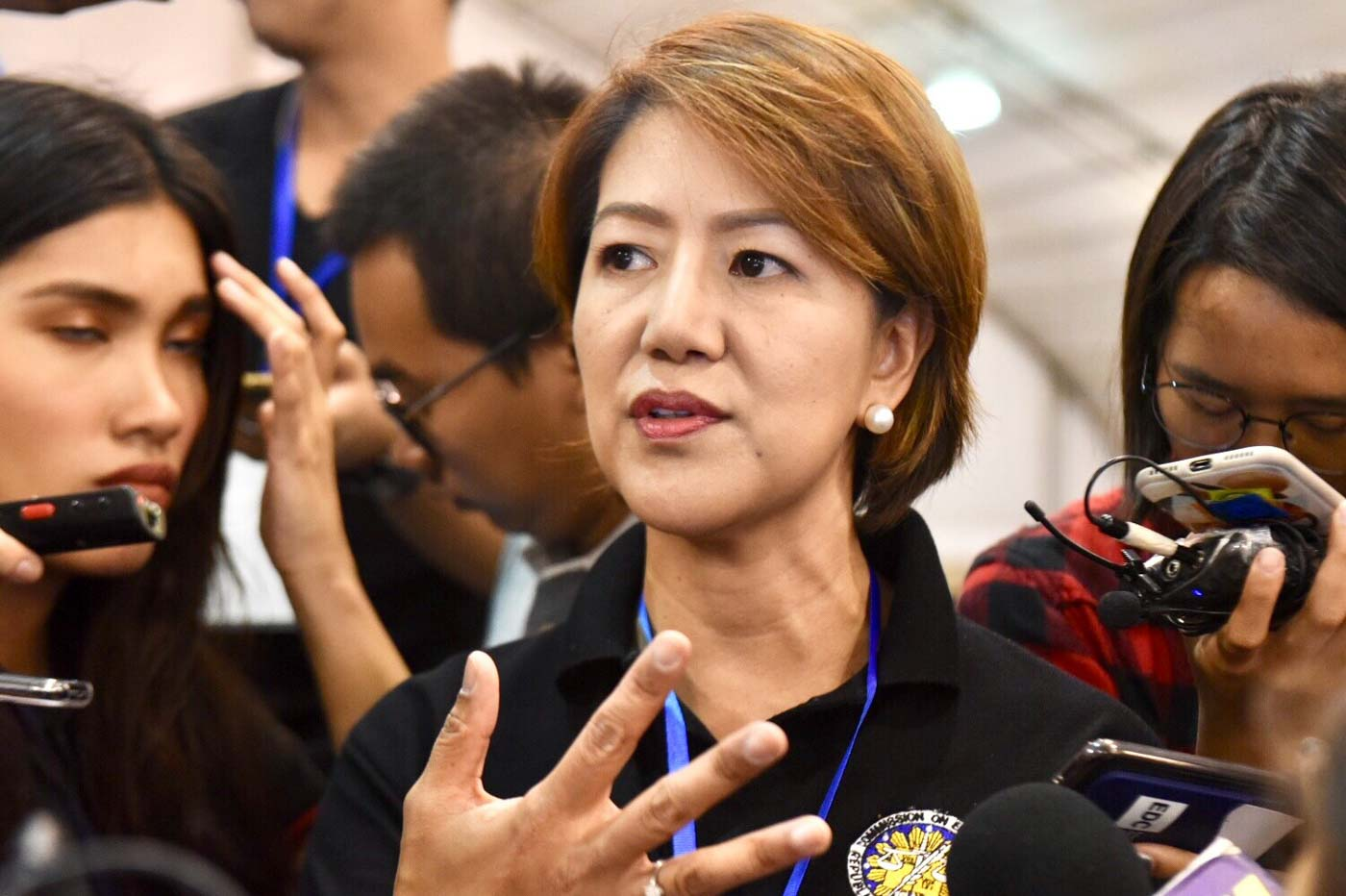 POLL BODY. Commission on Elections Director Frances Arabe in an ambush interview at the national canvassing of votes of senatorial and party lists on May 19, 2019. Photo by Angie de Silva/Rappler