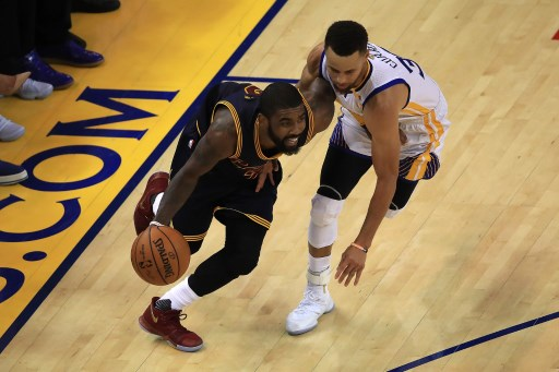 BODY BANGING. The game plan for the Cleveland Cavaliers for Game 2 is easy: execute. Photo by Ezra Shaw/Getty Images/AFP