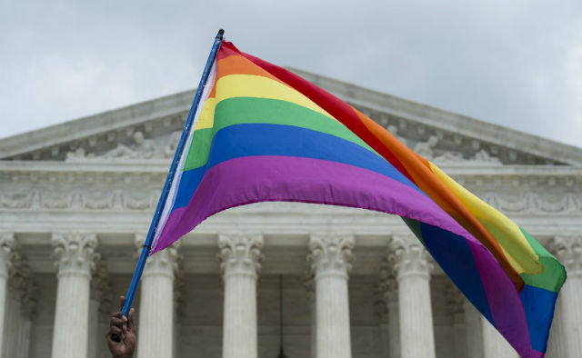 RAINBOW RIGHTS. A rainbow flag flies outside of the US Supreme Court. Photo by AFP