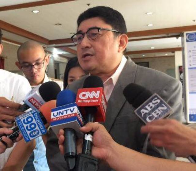 JING PARAS. Former lawmaker Jacinto u0022Jingu0022 Paras has become the name behind several complaints against key government officials. File photo by Lian Buan/Rappler