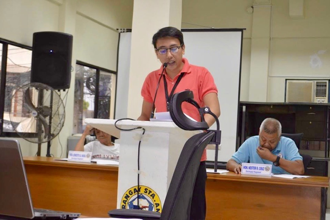 YOUNG LEADER. Barangay councilor Tobit Cruz speaks before the Barangay Council in Sta Ana, Taytay, Rizal. Photo from Cruz