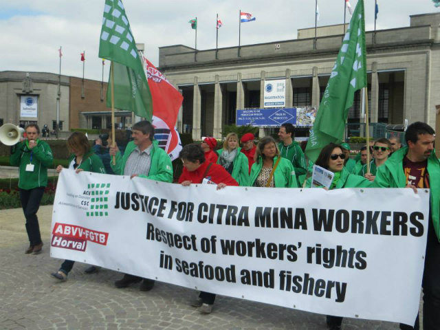 PROTEST. Members of the General Federation of Belgian Labor (ABVV-FGTB) also protest the importation of fish products from Philippine-based tuna exporter Citra Mina. Photo from the Fishing Industry Workers Network Facebook page