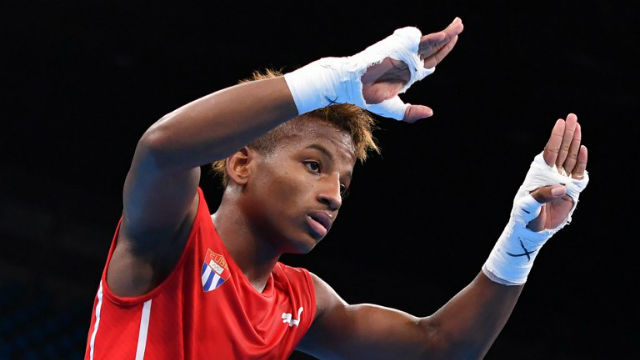 SHOWING UP. Joahnys Argilagos is one of the 3 Cuban boxers who have impressed so far in Rio. Yuri CORTEZ / AFP