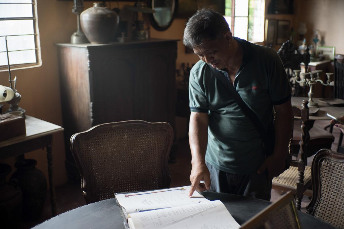 CURATOR. Rosarito Carino, a descendant of Gabriela Silang. Photo by Maverick Asio