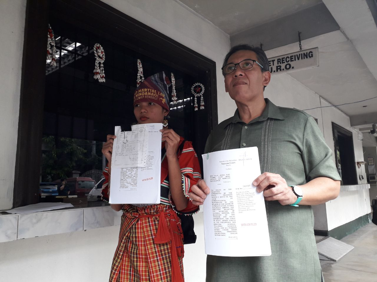 MARTIAL LAW. Petitioner Jeanyrose Hayahay and human rights lawyer Chel Diokno file before the Supreme Court on January 23, 2019, the 4th petition against the 3rd extension of martial law in Mindanao. Photo by Lian Buan/Rappler