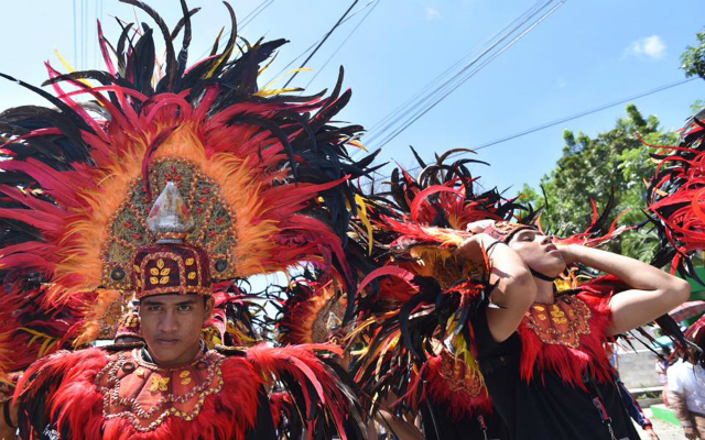 LOCAL PRIDE. Performers showcase cultural performances from Antique. Photo by Leanne Jazul/ Rappler