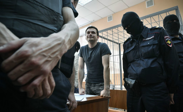 CRITIC. Opposition member Ilya Yashin attends court hearings in Moscow on August 8, 2019. Yashin was sentenced for another 10 days in jail after 10 days of detention for unauthorized demonstration. Photo by Alexander Nemenov/AFP