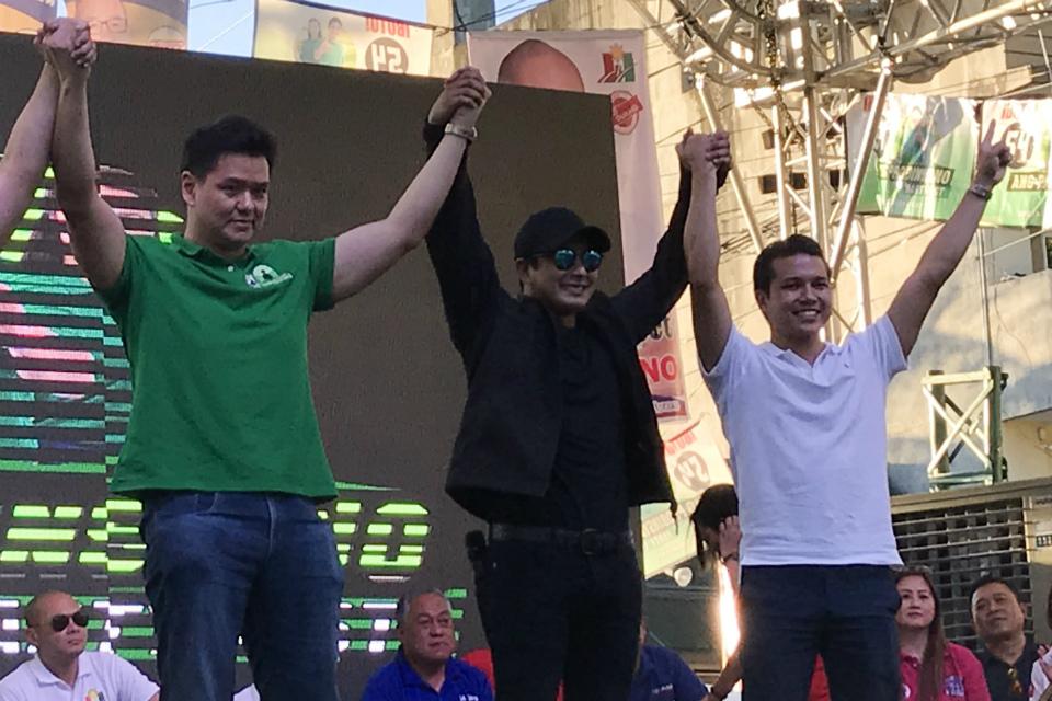 ENDORSER. Apart from Senator Grace Poe, Coco Martin also endorses the bid of the Ang Probinsyano party in Danao City, Cebu. Photo by Aika Rey/Rappler