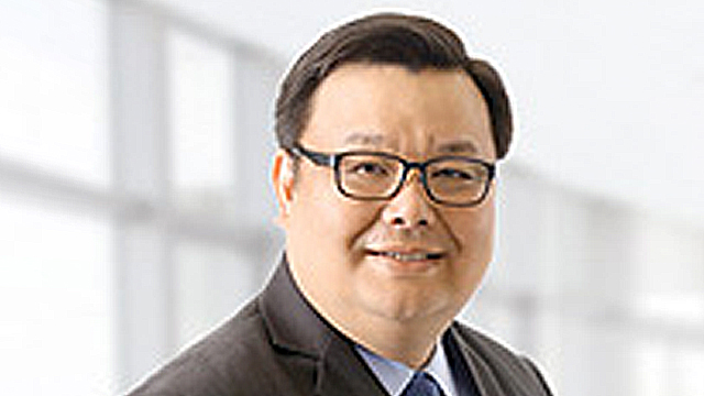NEW LEADER. Jose Vicente Alde, who has been with PSBank since 2007, is now the top executive at the bank. Photo from PSBank's website