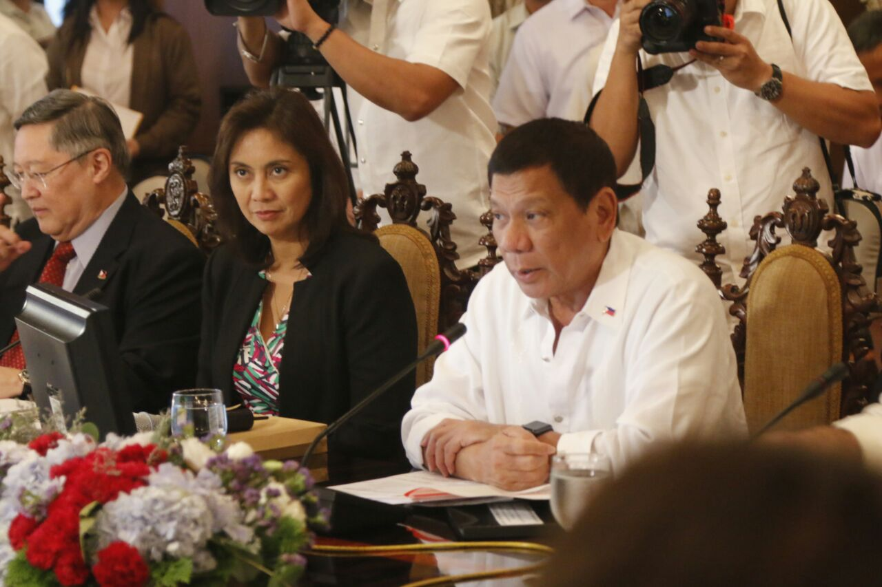 CLOSE NO MORE. Robredo attends a security briefing in Malacau00f1ang in 2016. Photo by OVP