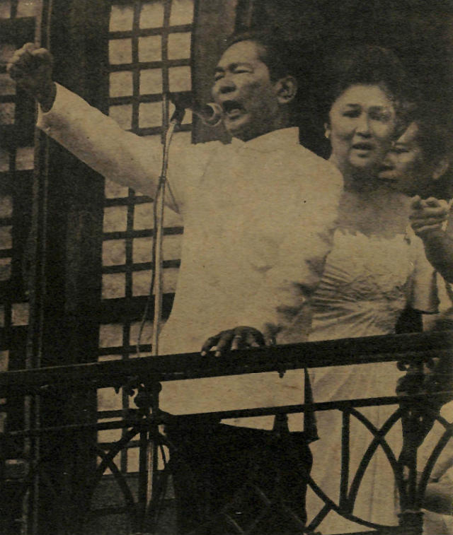 LAST HURRAH. Ferdinand Marcos' 'final' speech at Malacau00f1ang Palace after his inauguration and before his flight to Hawaii. Photo from the Presidential Museum and Library
