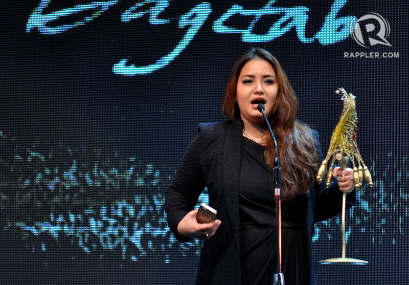 SPEAKING OUT. Hannah Espia on stage accepting an award for the movie 'Dagitab.' The 'Transit' director expressed her disappointment on the upload of films in YouTube. Photo by Inoue Jaena/Rappler