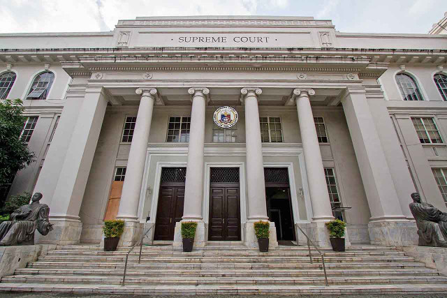 PROPOSED SYSTEM. Instead of one Supreme Court, a federal Philippines may have 3 high courts if the Con-Com's proposal comes to fruition. Photo by Mark Z. Saludes/Rappler