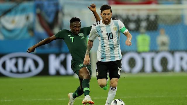 GOL. Lionel Messi membukukan satu gol di laga Argentina melawan Nigeria yang berujung kemenangan Argentina. Foto dari FIFA.com