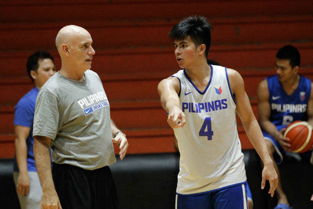 Kiefer Ravena calls out a play next to Gilas coach Tab Baldwin. File photo by Czeasar Dancel