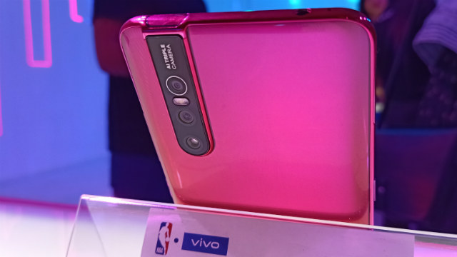 V15 PRO. The Pro variant in coral red. Photo by Gelo Gonzales/Rappler