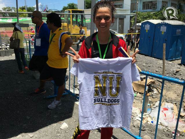 NU-BOUND? That seems to be the case for this swimmer from the Caraga Region. Photo by Naveen Ganglani/Rappler