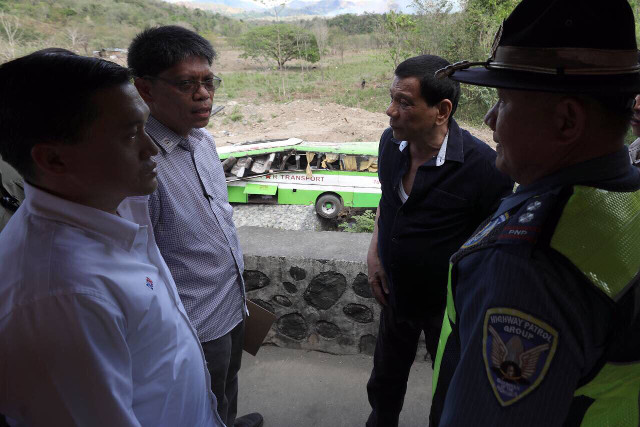 CRASH SITE VISIT. President Rodrigo Duterte visits the site of the Dimple Star bus crash which killed 19 people. Malacau00f1ang photo
