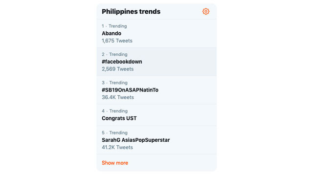 TRENDING. In the Philippines, #FacebookDown trends on Twitter.