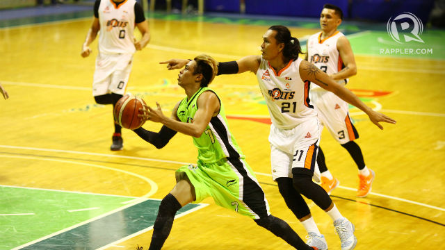 SCORING MACHINE. Terrence Romeo hit a huge 3-ball and free throws late in his team's win. Photo by Josh Albelda/Rappler