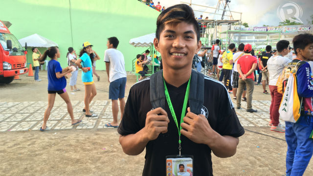 KEEP RUNNING. Aldwin Ysidoro has a dream and puts in the work to achieve it someday. Photo by Naveen Ganglani/Rappler