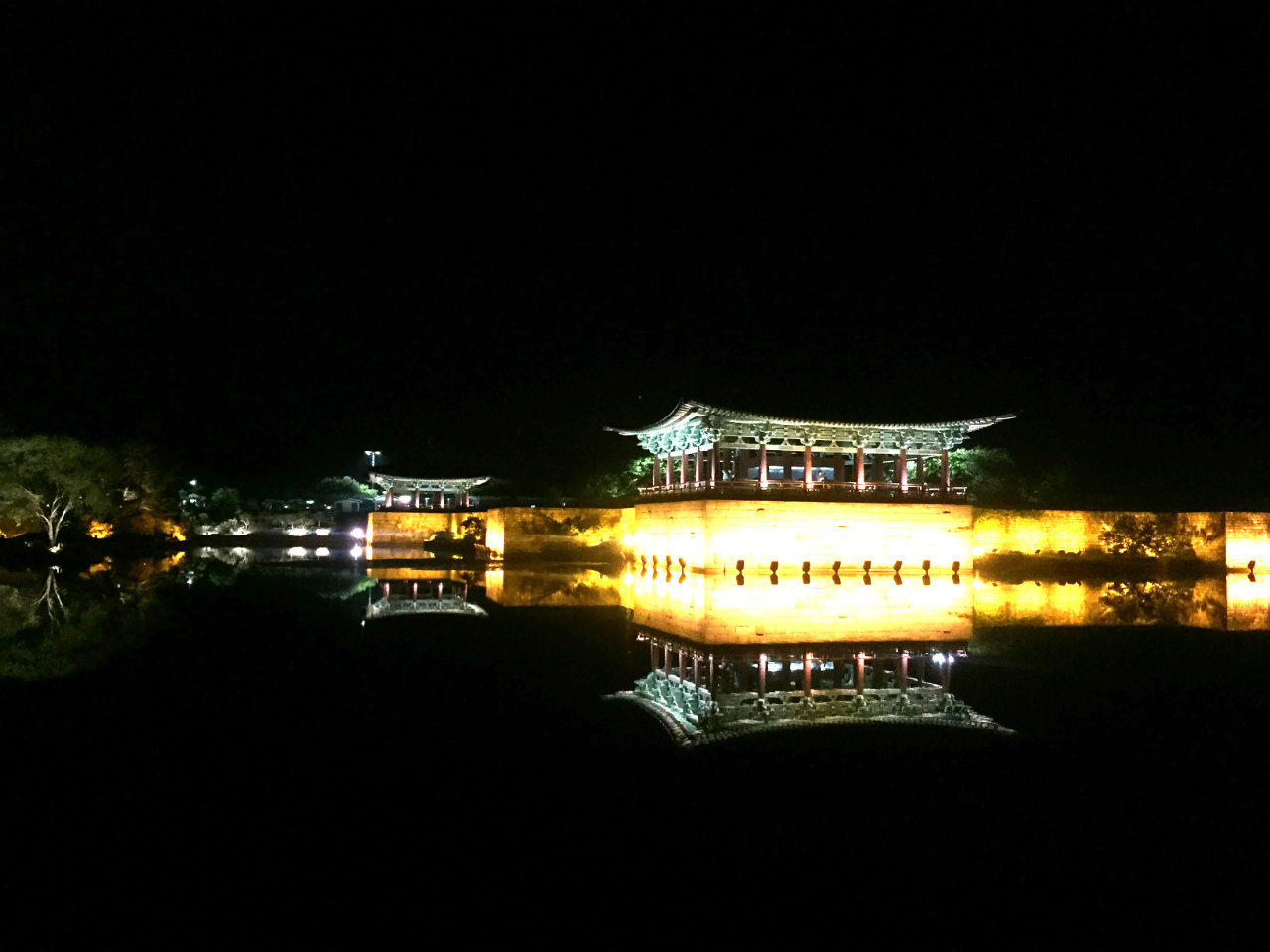 ALL OF THE LIGHTS. Manmade Wolji pond's reflective surface shows off the palace beautifully.