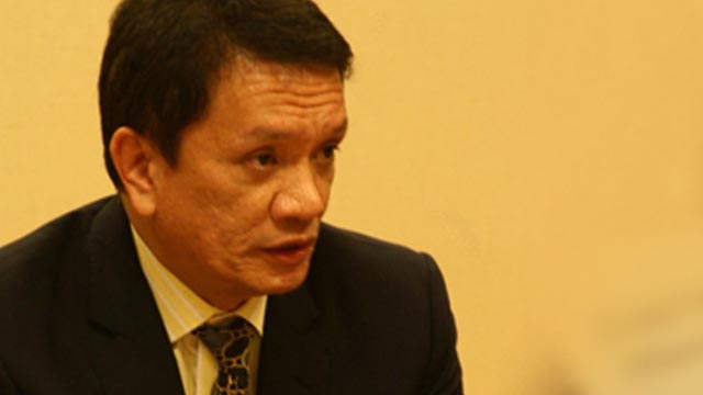 FORMER PEACE PANEL HEAD. Lawyer Alexander Padilla was appointed head of the government panel negotiating with communist rebels. Rappler file photo