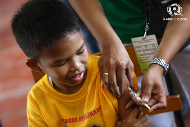 PROBING DENGVAXIA. Malacau00f1ang says the findings of an expert panel from the UP-Philippine General Hospital should provide relief to the parents of children who were vaccinated with Dengvaxia. File photo by Ben Nabong/Rappler