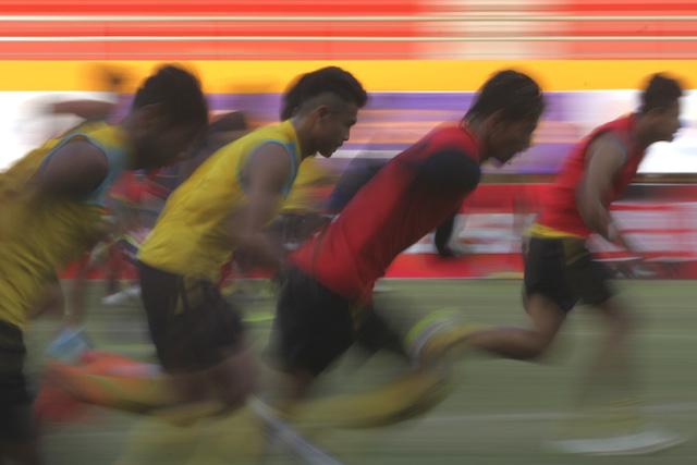 Sejumlah pemain Arema Cronus mengikuti latihan di Stadion Gelora Sriwijaya Jakabaring (GSJ), Palembang, Sumatra Selatan, Sabtu, 13 Agustus. Foto oleh Nova Wahyudi/ANTARA