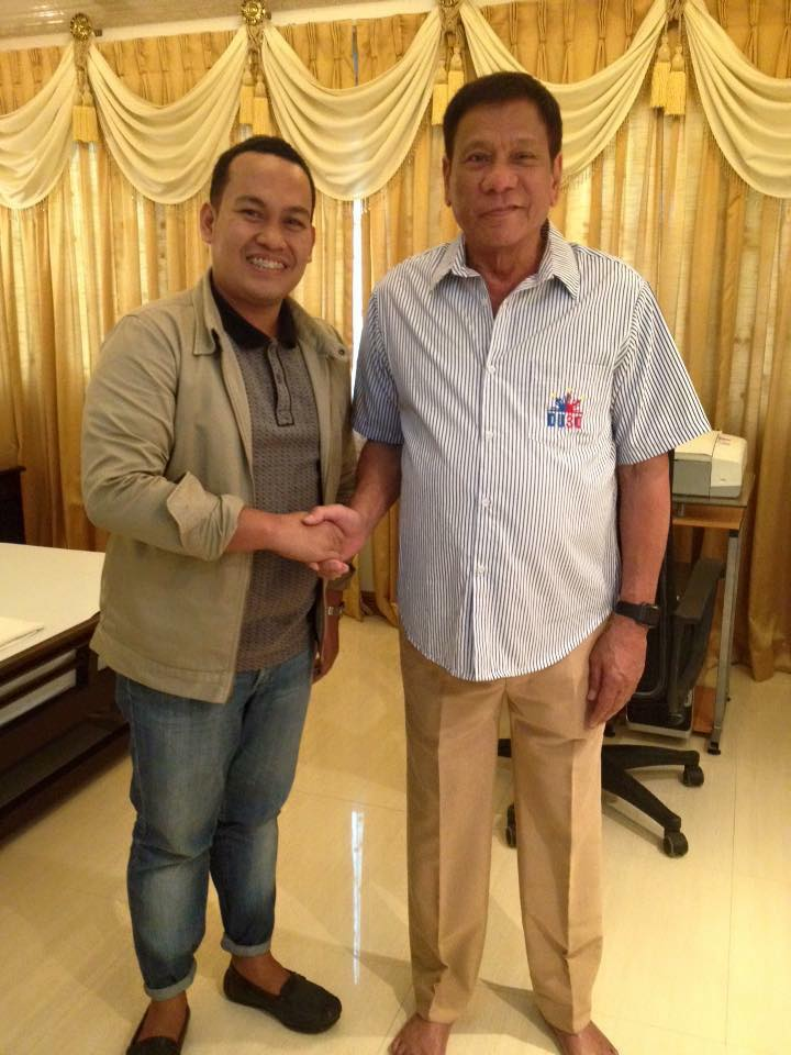 FINAL FITTING. Designer Chard Pulatche with President-elect Rodrigo Duterte on his 'final fitting' on Tuesday, June 28
