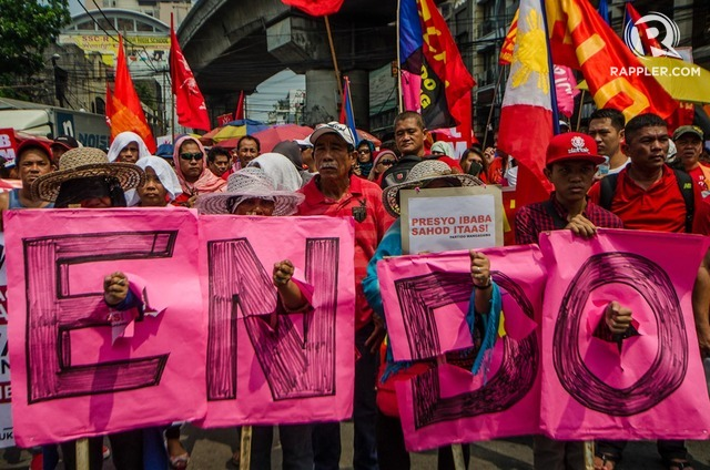 ENDO. Workers group under the Nagkaisa coalition march to Mendiola on Labor Day, May 1, 2017 to call for an End of Contractualization (ENDO). Photo by Rob Reyes/Rappler