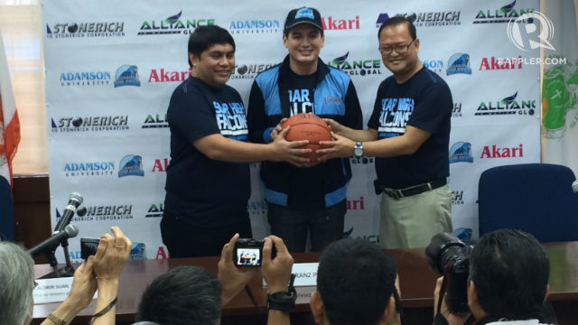 EXPERIENCE. The multi-titled head coach will be the new mentor for the Soaring Falcons. File photo by Naveen Ganglani/Rappler