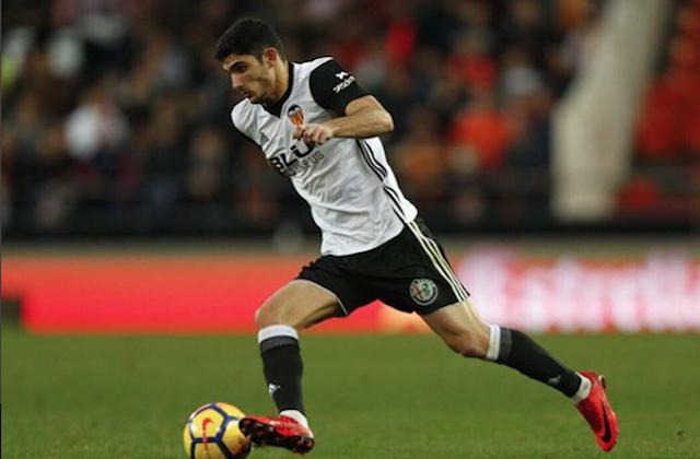 KECEPATAN. Kecepatan menjadi salah satu senjata pamungkas Guedes saat bermain di Valencia. Foto instagram @goncalo_guedes15