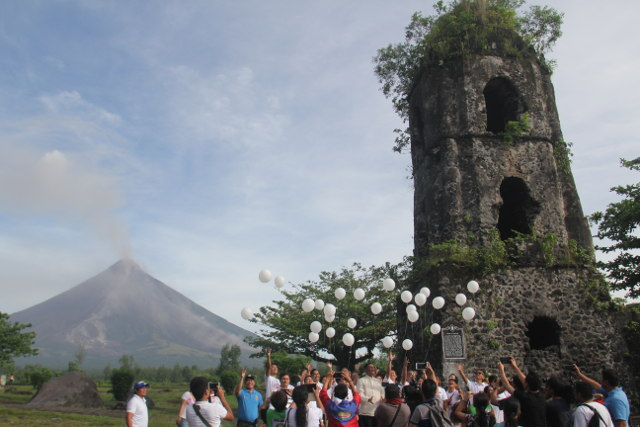 CAGSAWA AND MAYON. Mayon Volcano and the Cagsawa ruins. Photo by Rhaydz B. Barcia