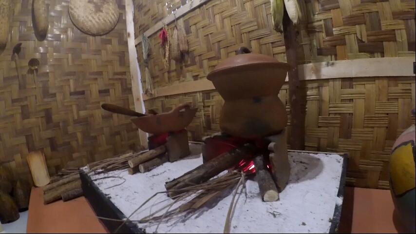 Salah satu alat memasak yang ada di Pameran bertema 'Aroma Rempah Dari Dapur Aceh' digelar di Museum Aceh, Banda Aceh, 12-18 Oktober 2017. Foto oleh Habil Razali/Rappler