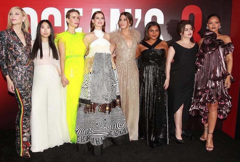 PREMIERE. Penampilan kedelapan aktris utama saat gala premiere film 'Ocean's 8'. Foto dari akun Instagram @wbpictures
