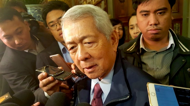 IMPROVING PH-CHINA TIES. Foreign Secretary Perfecto Yasay Jr talks to the Philippine media covering President Rodrigo Duterte's state visit to China on October 19, 2016. Photo by Pia Ranada/Rappler