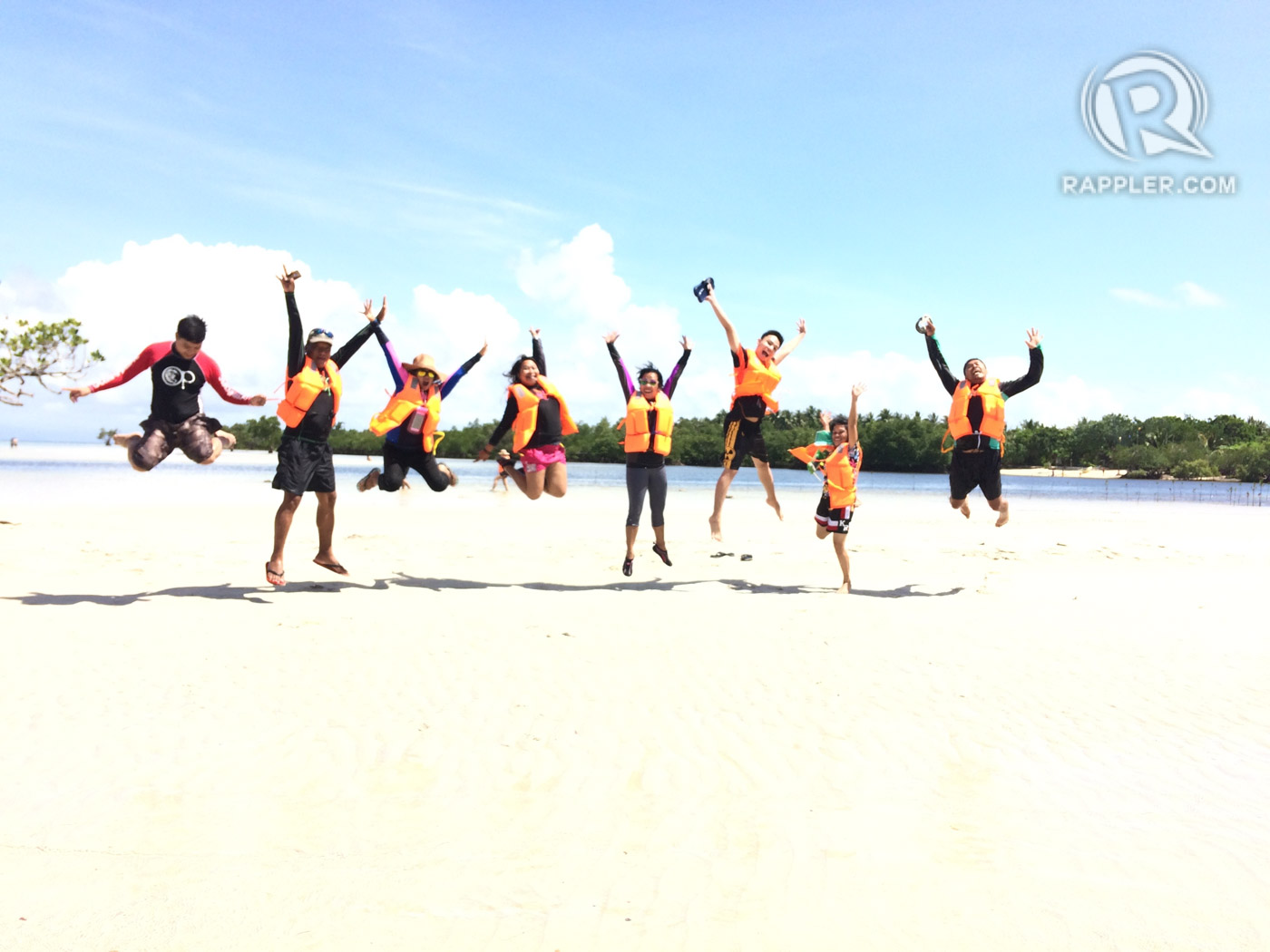 JUMPSHOT IN PARADISE. Schedule a trip to Cagbalete with your barkada and beat the heat this summer! Photo by Eloi Pramis