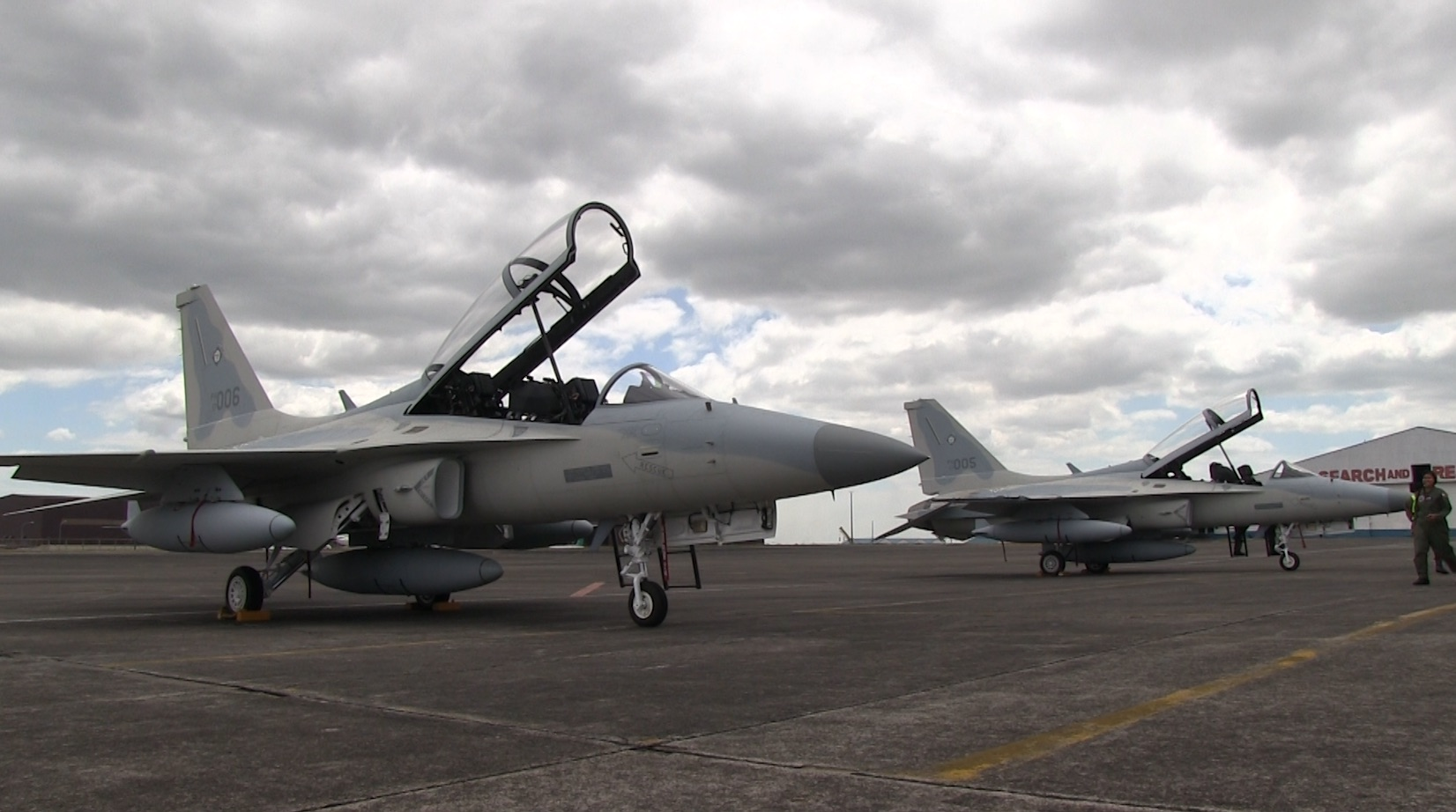 MODERNIZATION. The FA-50s bring the Philippine Air Force to the supersonic age. Rappler photo