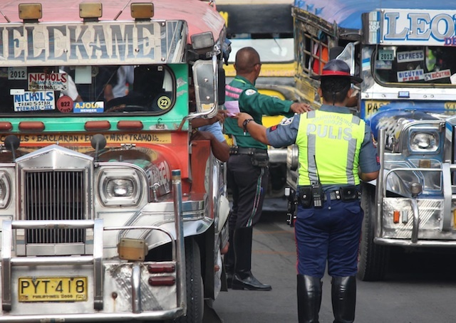 AUTOMATED. The transportation department is going to modernize the way PUVs operate through an automated fare collection system. File photo by Joel Liporada/Rappler
