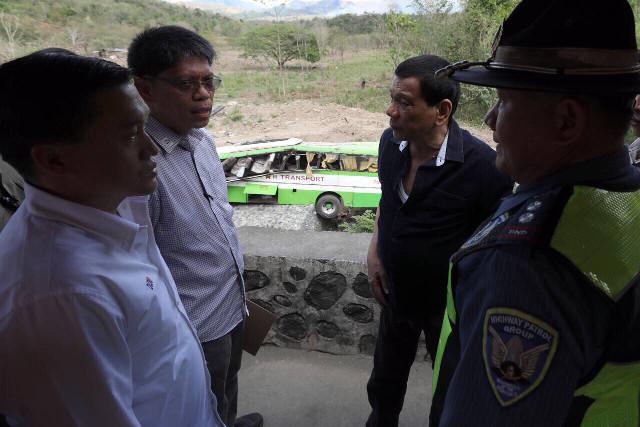 CRASH SITE VISIT. President Rodrigo Duterte visits the site of the Dimple Star bus crash which killed 19 people. Malacau00f1ang photo