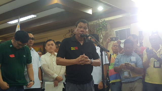 WARNING TO MABILOG. President Rodrigo Duterte says Iloilo City Mayor Jed Mabilog should cut his drug connections or face consequences. Photo by Pia Ranada/Rappler