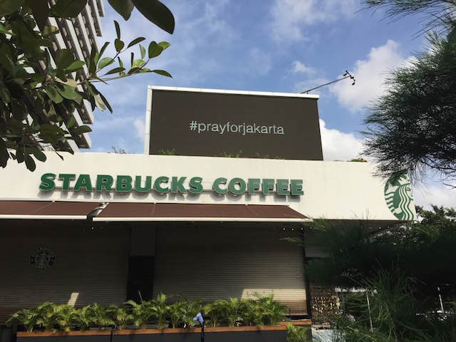 TARGET. The Starbucks coffee shop in Jakarta attacked by terrorists last week. File photo by Rappler