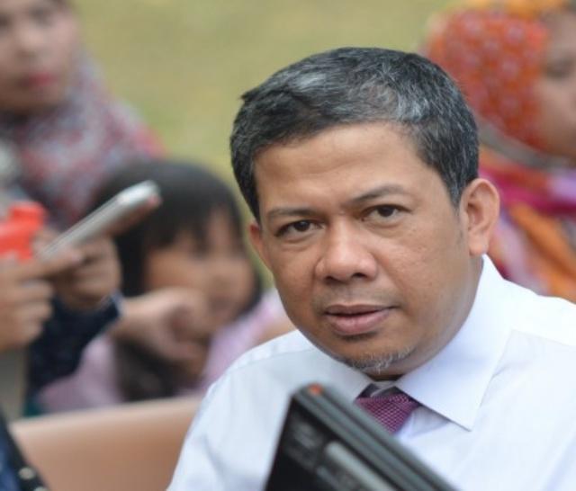 DITOLAK. Wakil Ketua DPR Fahri Hamzah mengaku ditolak oleh KPK untuk dapat menjenguk Setya Novanto pada Rabu, 6 Desember. Foto oleh Zul Sikumbang/ANTARA
